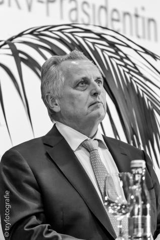 Rudolf Huntsdorfer ehem. Bundesminister für Arbeit, Soziales und Konsumentenschutz (SPÖ)