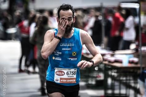 Vienna Marathon 201-80